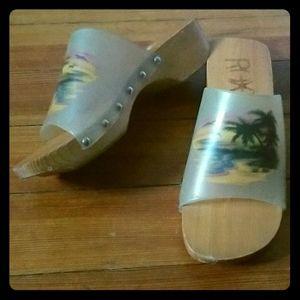 Roxy slide on sandals